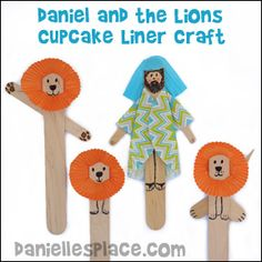 Danielle and the Lions Cupcake Liner Craft. This is a quick and easy Bible craft for children of all ages will enjoy.