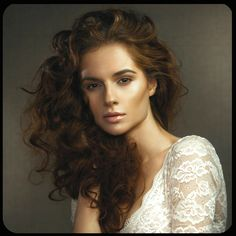 Fantastic hair colour for the darker Soft Autumn. Like Soft Summer, she senses that she contains lightness but may choose the wrong kind or feels the hair needs lightening. Many women (MANY) are far better with no highlight. Better, enrichment of the natural colour.