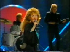 ▶ Vicky Rosti - Sata salamaa (Finland Eurovision 1987) - YouTube