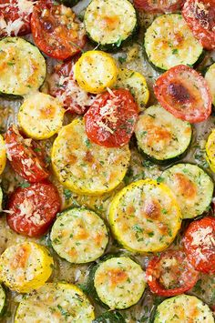Roasted Garlic-Parmesan Zucchini, Squash and Tomatoes - the perfect use for all those fall veggies!! So delicious!!