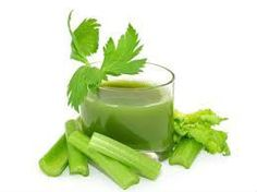 A Glass Of Celery Juice Lowers Hypertension, Sugar Levels, Reduces Arthritis And Gout Pain Almost Instantly Health Benefits of Celery — Juicing For Health Blood Pressure Medicine, Blood Pressure Symptoms, Blood Pressure Diet, Blood Pressure Remedies, Celery Juice Benefits, Healthy Smoothie, Jus Detox, La Constipation, Juicing For Health