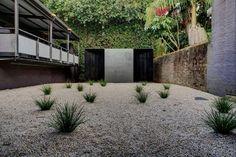 Crescent house pavilion