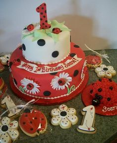 lady bug cake for birthday girl | Girl Birthday Cake / Ladybug Cake by Brenda's Cakes - Ohio, via Flickr