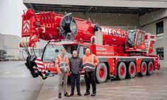Three new Liebherr LTM 1250-5.1 mobile cranes for Megalift