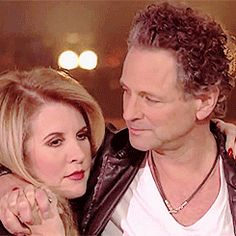 """""""Lindsey and Stevie at the end of Say Goodbye"""" I think it's safe to say, they're never going to truly say goodbye ❤️ Stevie Nicks Lindsey Buckingham, Buckingham Nicks, Beautiful Voice, Beautiful Goddess, Beautiful Couple, Rumours Album, Music Icon, Music Music, Best Guitar Players"""