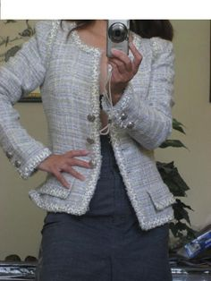 917354d1256325006-how-to-wear-your-chanel-jacket-greymodeling.jpg 500×666 pixels