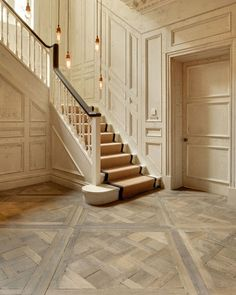 Solid Floors Traditional Entry and Engineered Parquet Exposed Bulbs Exposed. Rock Solid Floors Traditional Entry and Engineered Parquet Exposed Bulbs Exposed., Rock Solid Floors Traditional Entry and Engineered Parquet Exposed Bulbs Exposed. Wood Parquet, Timber Flooring, Parquet Flooring, Kitchen Flooring, Wooden Floor Tiles, Wooden Wall Panels, Post Design, Planchers En Chevrons, Versailles