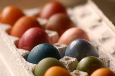 All natural non-toxic egg dye. Recipes and process. Many of these dyes could be made with kitchen kitchen scraps.
