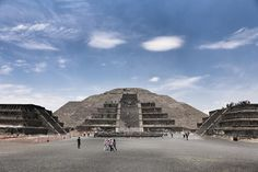 Do You want to go from Poland to Mexico? If the answer is 'yes', visit: http://travel-team.info/pl/trips/meksyk-144  (Teotihuacan,Maxico by Kittinan) Chit-euakul