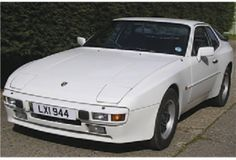 Porsche 944 Sport 2.5 Lux £2,995