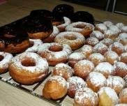 OPONKI KTÓRE ZAWSZE WYCHODZĄ Doughnut, Desserts, Food, Tailgate Desserts, Deserts, Essen, Postres, Meals, Dessert