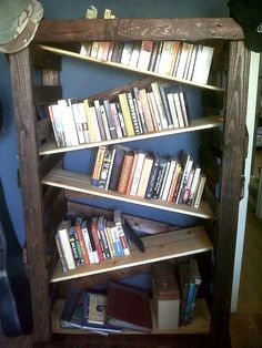 pallet bookcase w/ZigZag shelves