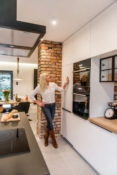 Condo Design, Dream Home Design, Küchen Design, House Design, Brick Interior, Kitchen Interior, Home Interior Design, Apartment Renovation, Apartment Interior