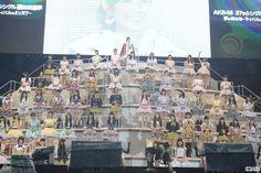 乃木坂46兼AKB48の生駒里奈が7日の第6回AKB48選抜総選挙で14位になったことを受け、乃木坂46メンバーの秋元真夏が同日、オフィシャルブログを通じ、発表の瞬間を振り返った。