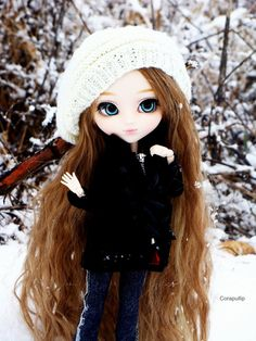 Playing snow ball fights with Jasmine! Anime Dolls, Blythe Dolls, Girl Dolls, Beautiful Barbie Dolls, Pretty Dolls, Cute Baby Dolls, Kawaii Doll, Gothic Dolls, Smart Doll