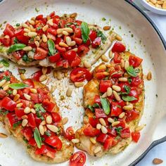 This Bruschetta Chicken recipe is perfectly prepared with pesto and topped with easy to make bruschetta tomato topping. Ready in less than 30 Minutes. Bruschetta Toppings, Bruschetta Chicken, Bruschetta Recipe, Grilled Bread, Grilled Chicken Recipes, Marinated Chicken, Protein Energy Bites, High Protein, Italian Turkey Meatballs