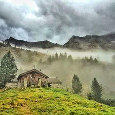 """Der Landbote"" am Alpenfeuilleton Under Construction, Mountains, Nature, Travel, Pilgrims, Volunteers, School, Focal Points, Naturaleza"