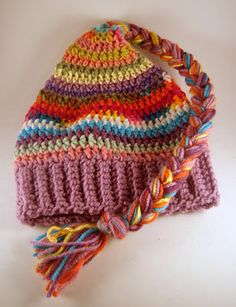 'scrap-buster' crocheted hat tutorial with helpful sizing charts.