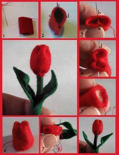 Felt tulip with pattern