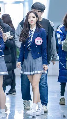 Korean Outfits School, Korean Fashion School, School Uniform Fashion, School Girl Outfit, School Uniform Girls, Kpop Outfits, Girl Outfits, Cute Outfits, Fashion Outfits