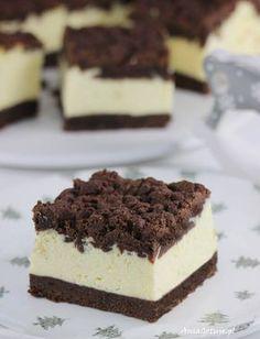 Sernik królewski. Royal Cheesecake. Sweet Desserts, Sweet Recipes, Cake Recipes, Dessert Recipes, Polish Desserts, Vegan Junk Food, Vegan Kitchen, Cupcakes, Vegan Sweets