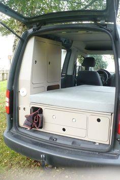 Truck Camper, Camper Diy, Build A Camper Van, Mini Camper, Micro Campers, Minivan Camping, Auto Camping, Caddy Camping, Camping Box