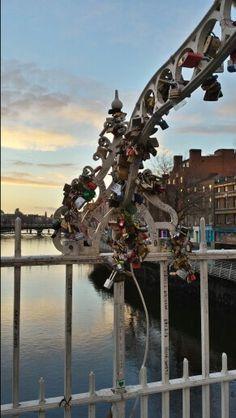 Dublin ha'penny bridge love locks sunset
