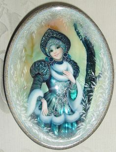 "Lacquer Box Shell Fedoskino Snow Maiden "" Winter Fairytale "" Hand Painted 