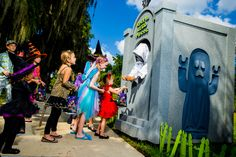 Trick or Treat with amazing costumes at an awesome place? CHECK!  #BrickorTreat #LEGOLANDFlorida