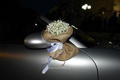 Κωδ.15 Στολισμός αυτοκινήτου γάμου με μπουκετάκια γυψοφύλης  σε πουγκί λινάτσας