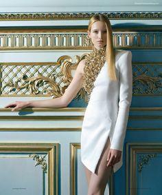 Structured one sleeve dress  Harper's Bazaar Spain