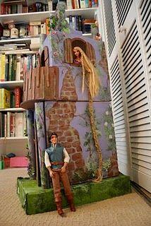 "Pink and Green Mama: * Cardboard Rapunzel Castle: Homemade ""Tangled"" Tower Barbie Castle, Rapunzel Castle, Barbie Doll House, Barbie Dolls, Tangled Tower, Tangled Party, Disney Tangled, Princess Disney, Disney Princesses"