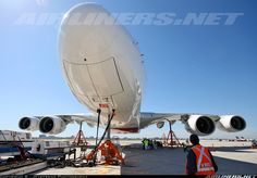 This is how you lift an Airbus A380, this one from Emirates at Toronto. It's impressive how much weight those 3 jacks can support!