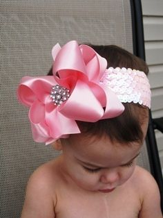 pointed bow http://s16.photobucket.com/albums/b17/coppermouse10/Flash%20and%20Movie%20Files/?action=view&current=TheTriFold.mp4