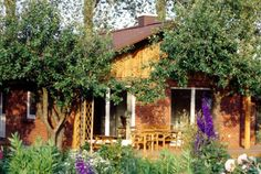 Ferienhaus Ostsee mit Hund buchen - Lenareisen Legoland, Cabin, House Styles, Home Decor, Double Bedroom, Fireplace Logs, Farmhouse Garden, Viajes, Decoration Home