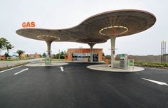 atelier-sad-gas-station-service-slovaquie-1