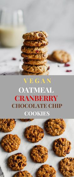 The best vegan oatmeal cranberry chocolate chip cookie recipe. Made with rolled oats brown sugar and maple syrup. Batch these cookies for meal prep snacks or give as gifts for the holidays. New Year's Desserts, Cute Desserts, Vegan Desserts, Vegan Recipes, Vegan Sweets, Vegan Snacks, Christmas Desserts, Vegan Food, Vegan Christmas