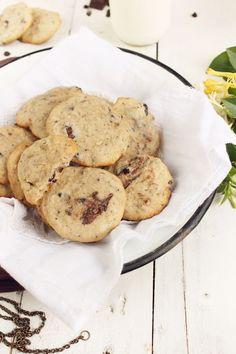 Banánové sušienky s kúskami čokolády Cookies, Desserts, Food, Crack Crackers, Tailgate Desserts, Deserts, Biscuits, Essen, Postres