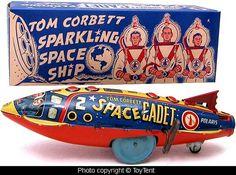 Tom Corbett Sparkling Space Ship, made by Louis Marx & Co. Vintage Robots, Retro Robot, Retro Toys, Vintage Toys, Toy Rocket, Rocket Ships, Rocket Power, Crazy Toys, Science Fiction