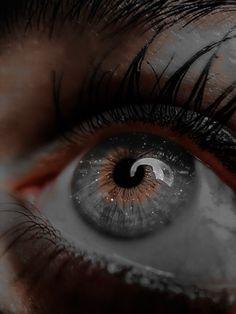 Queen Aesthetic, Aesthetic Eyes, Princess Aesthetic, Book Aesthetic, Bad Girl Aesthetic, Character Aesthetic, Aesthetic Pictures, Pretty Eyes, Beautiful Eyes