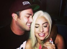 Lady Gaga And Fiancé Taylor Kinney Take The Chicago Polar Plunge For Charity