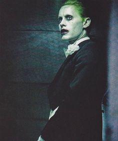 New Joker image (2/2) from @empiremagazine ~@thebatbrand