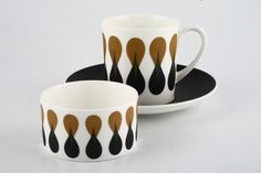 Susie Cooper Diablo - Register for a free no-obligation search and we'll find it for you. 30 years of award winning customer service and the specialists in discontinued china. Vintage Tableware, Vintage Ceramic, Ceramic Decor, Ceramic Pottery, Susie Cooper, Vintage China, Best Coffee, Bone China, Dinnerware