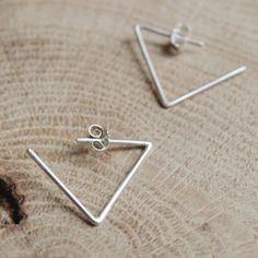 Art and Artists // Les Geometriques Nro 24 Earrings \ AgJc at Adorn Milk