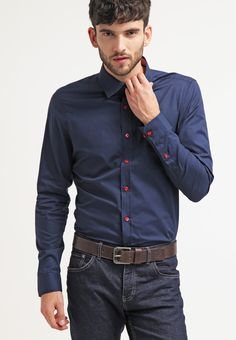 Discover the service that only recommends clothes in your style, size and budget. Pier One, Stylish Mens Outfits, Stylish Clothes, Bleu Marine, Pop Fashion, Loungewear, Casual Shirts, Dark Blue, Contrast