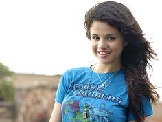 Find out: Selena Gomez Photo wallpaper on  http://hdpicorner.com/selena-gomez-photo/