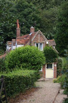 Midsomer Murders Locations - Coleshill, Buckinghamshire