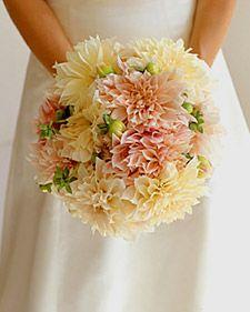 Bouquet Bridal: Pastel Pink and Orange Bouquet