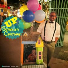 Stroller costume DIY Up Baby Costumes, Stroller Halloween Costumes, Stroller Costume, Halloween Costume Patterns, Homemade Halloween Costumes, Family Costumes, Halloween Crafts, Costume Ideas, Halloween Ideas