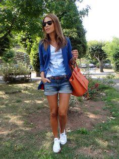 Jeans+blue+white & converse